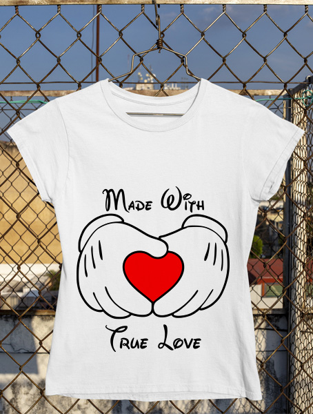 tricou made with true love