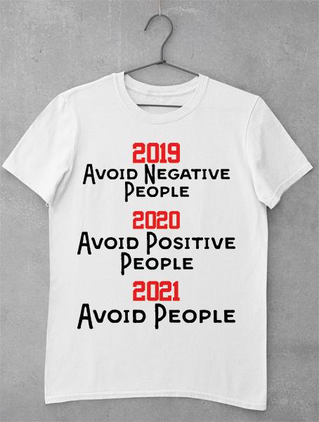 tricou avoid people